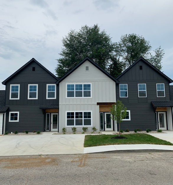This 5Plex features Graphite and Light Gray RigidStack™  in various exposures + board and batten