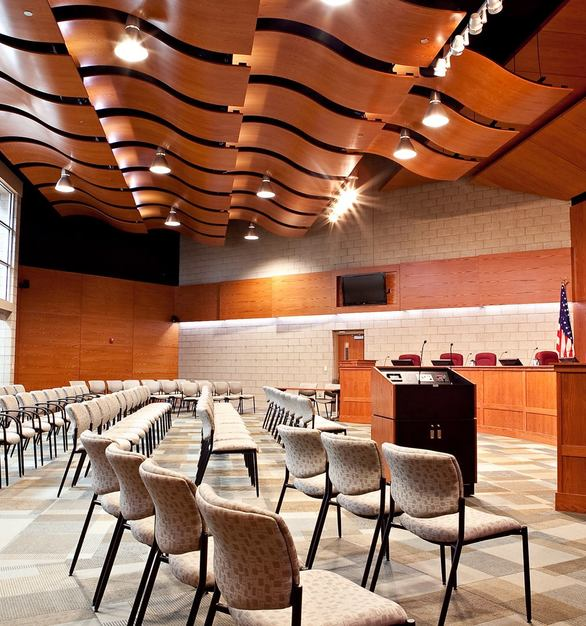 ACGI Allegro Curved Panels creates a warm and welcoming atmosphere at Farmington Hills City Hall.