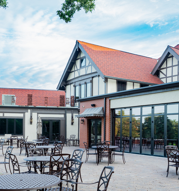 ActivWall completed these commercial folding doors in 2018 with our dealer, WestPro Construction Solutions. The doors are located at the St. Joseph Country Club in St. Joseph, Missouri. This country club was looking for a flexible solution for their almost 30-foot wide facade.
