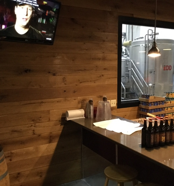 White Oak Live Sawn with Microbevel by Allegheny Mountain Hardwood Flooring was used for the expansive feature wall at the Calvert Brewery.