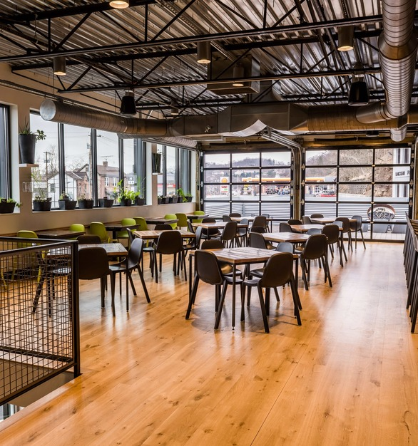 The Mindful Brewery in Pittsburgh, Pennsylvania features White Oak Live Sawn flooring by Allegheny Mountain Hardwood Flooring. This is a great option for a high traffic brewery.