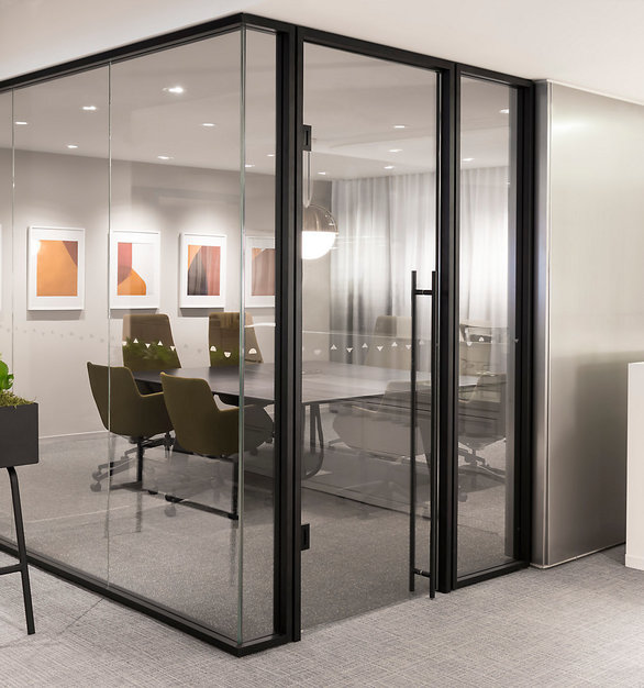 Aspect's continuous and low profile trim creates a refined space where people feel valued and appreciated, sensitive information stays private, and clients feel connected to your culture by Allsteel.