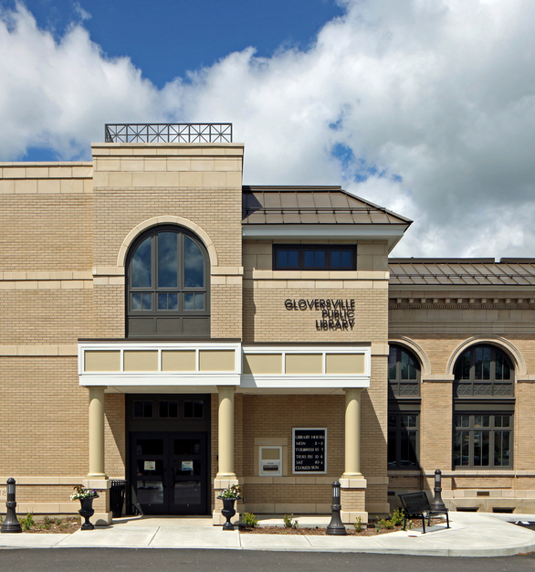 The versatile E-Series windows complement the exterior architecture and design of the Gloversville Public Library in Gloversville, NY.