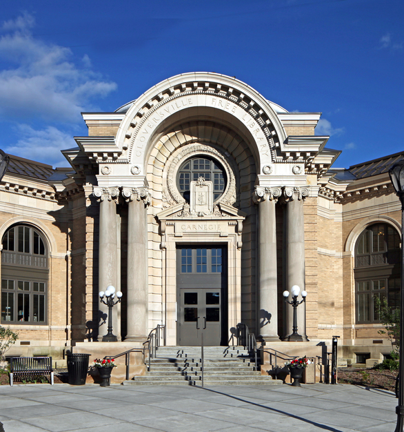 The historic rehabilitation of the Gloversville Public Library included replacing the windows the Andersen® E-Series casement, awning, picture and specialty arch-top windows in Sierra Bronze exterior.