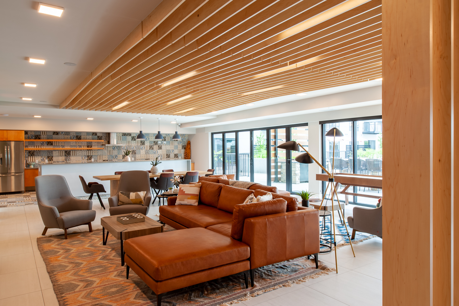 Lowa46 includes 148 luxury Minneapolis apartment living, along with this beautiful sitting lounge.