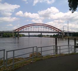 Arch Bridge Slide