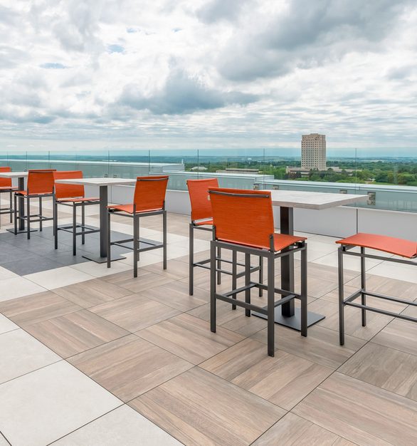 Mix and match different styles and finishes for your desired look. With almost three times the breaking strength of 2cm porcelain pavers, but just 1/2″ thicker, Archatrak T30 (3cm thick) porcelain pavers offer a superior solution for constructing pedestal supported elevated decks in high traffic commercial spaces such as rooftop bars and restaurants, roof terraces, patios and other communal areas where safety and security is paramount.