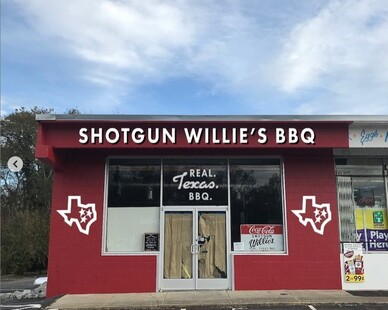 Shotgun Willie's BBQ is touted as Tennessee's best texas-style brisket. Archuity along with Lyne Interiors to salvage a spot to create a new home for this restaurant.
