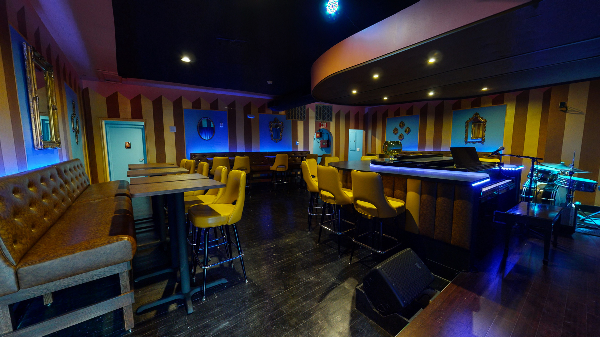 Quaint dining and stage area can be found at the Nashville location of Sid Gold's Request Room. 