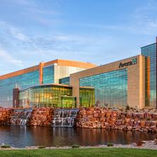 avera-healthcare-building-exterior-glass-and-precast-facade