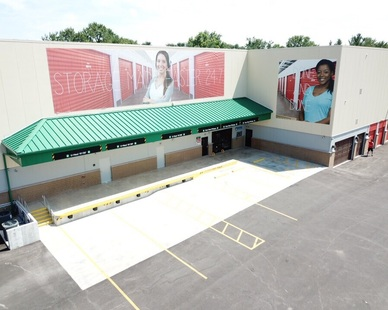 Elevation of the unloading zone for the self-storage area at Uhaul Self Storage in St. Louis, MO, by Bauer Design Build.