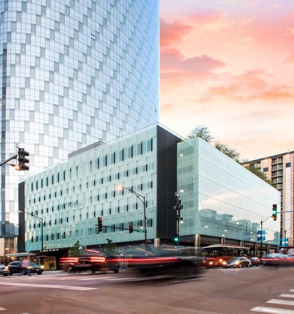 Bendheim's sculptural ventilated glass facade offers superior aesthetics, air circulation, and ample daylight for the 727 West Madison / 1 South Halsted Parking Structure in Chicago, Illinois.   Photo by Kelly Drake Photography.