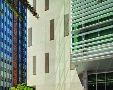 BioInnovation Center in New Orleans, Louisiana featuring SlenderWall architectural precast cladding envelope panels