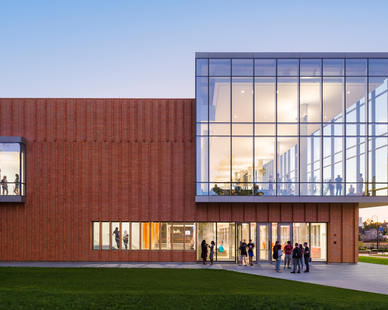The Belden Brick Company used their iron-spot brick facade and custom brick fins, fired locally in a bee-hive kiln, for the Kent State Center for Architecture and Environmental Design.