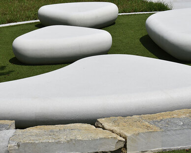 With a fun and whimsical like design, Galet Collection features skipping stone benches that can easily be arranged to suit any outdoor space.