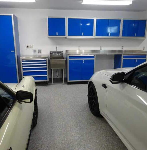 Moduline's PROII™ Series aluminum residential garage cabinets in blue is the perfect addition to the garage.