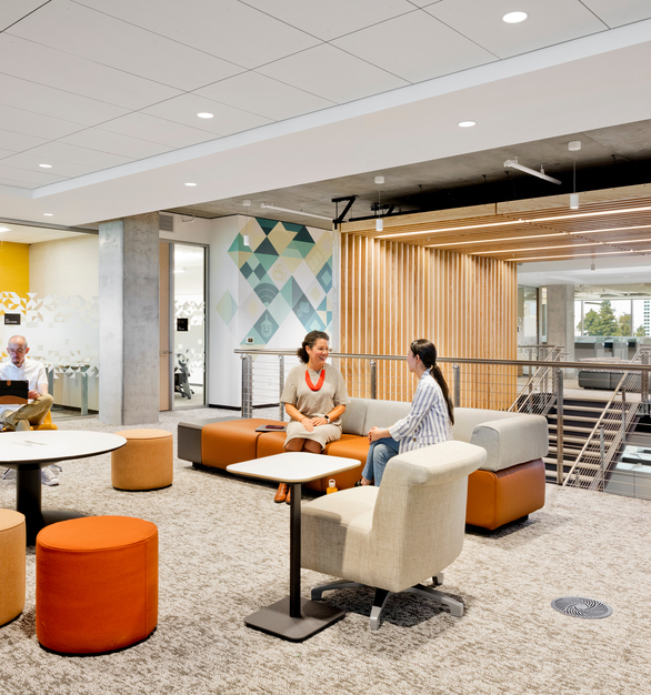 California Department of General Services Open Office Space with Raised Access Floors and Underfloor Air Distribution