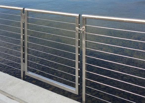 AGS Stainless Custom railing systems provide a stylish and functional solution for your clients' needs. A316 stainless steel railing systems are prefabricated in Bainbridge Island WA, so there is no need for onsite welding or field modification. The featured railing system has been side-mounted, creating a sleek, stylish, minimalistic appearance.