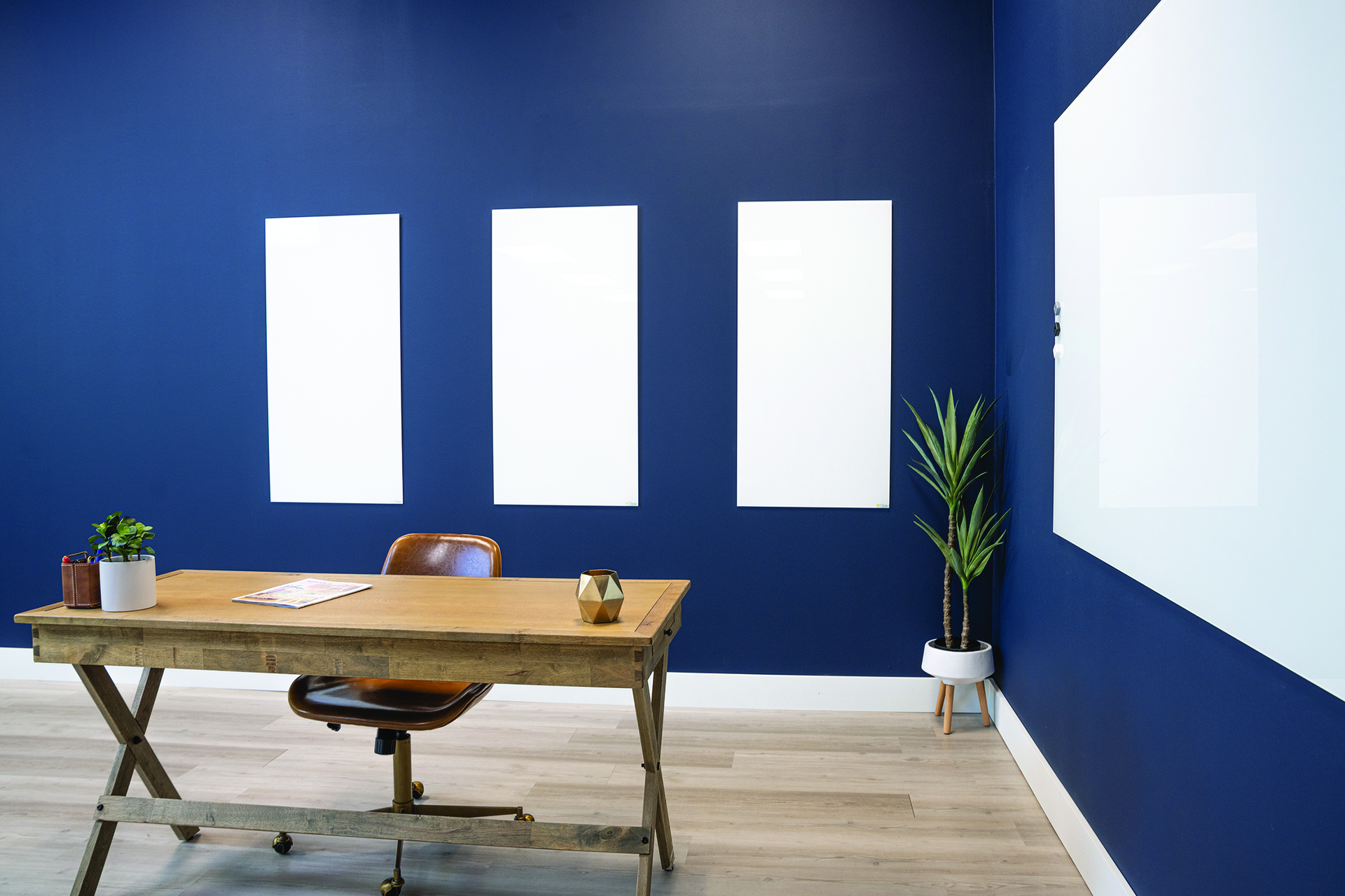 The PROFILE SERIES Frameless Magnetic Whiteboard features an incredibly smooth LCS3 Porcelain surface that delivers a great writing experience and will stand the test of time. With simple installation and no exposed fasteners, these stylish, low profile whiteboards appear to float on the wall. LCS3 Porcelain steel accepts magnets, won't ghost or stain, and is warrantied for life.
