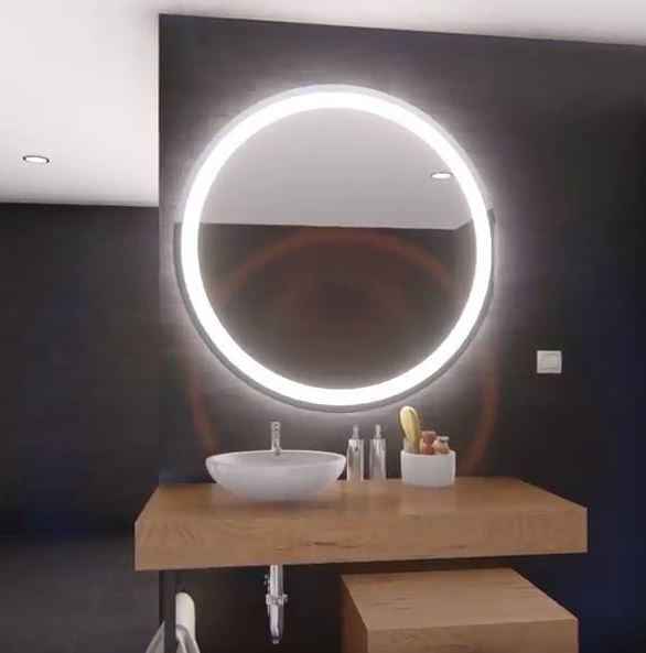 The ClearLite by ClearMirror was made-in-America using high-quality components such as defogger technology.