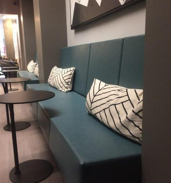 The Park Evanston is a renovated apartment complex in Evanston, Illinois with custom amenity seating by Contract Industries.