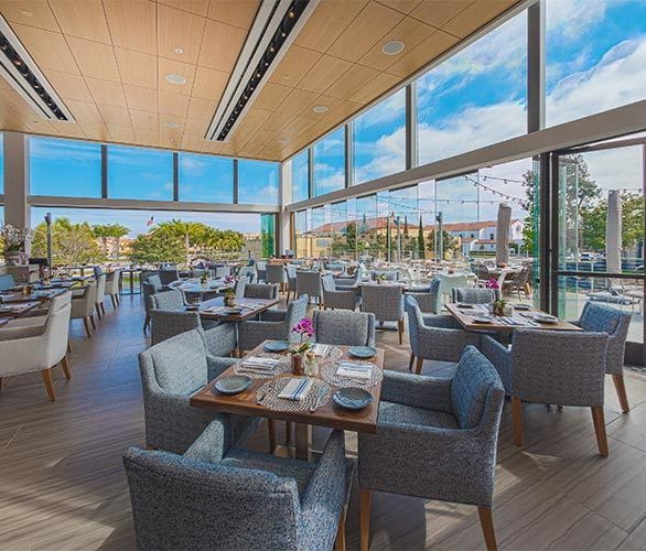 Dining spots in California take advantage of the year-round beautiful weather. Cover Glass USA has plenty of glass options that make it seamless to open or close a wall to enjoy the weather.