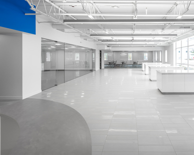 To ensure the facility's flooring offered the duality of simplistic style and modern appeal, the team specified Crossville's Shades collection.