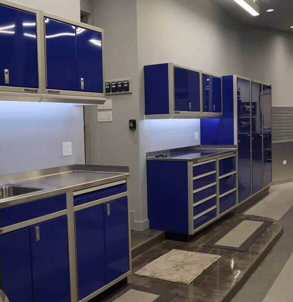 Make the most of any space with Moduline Cabinets in PROll™ Series.