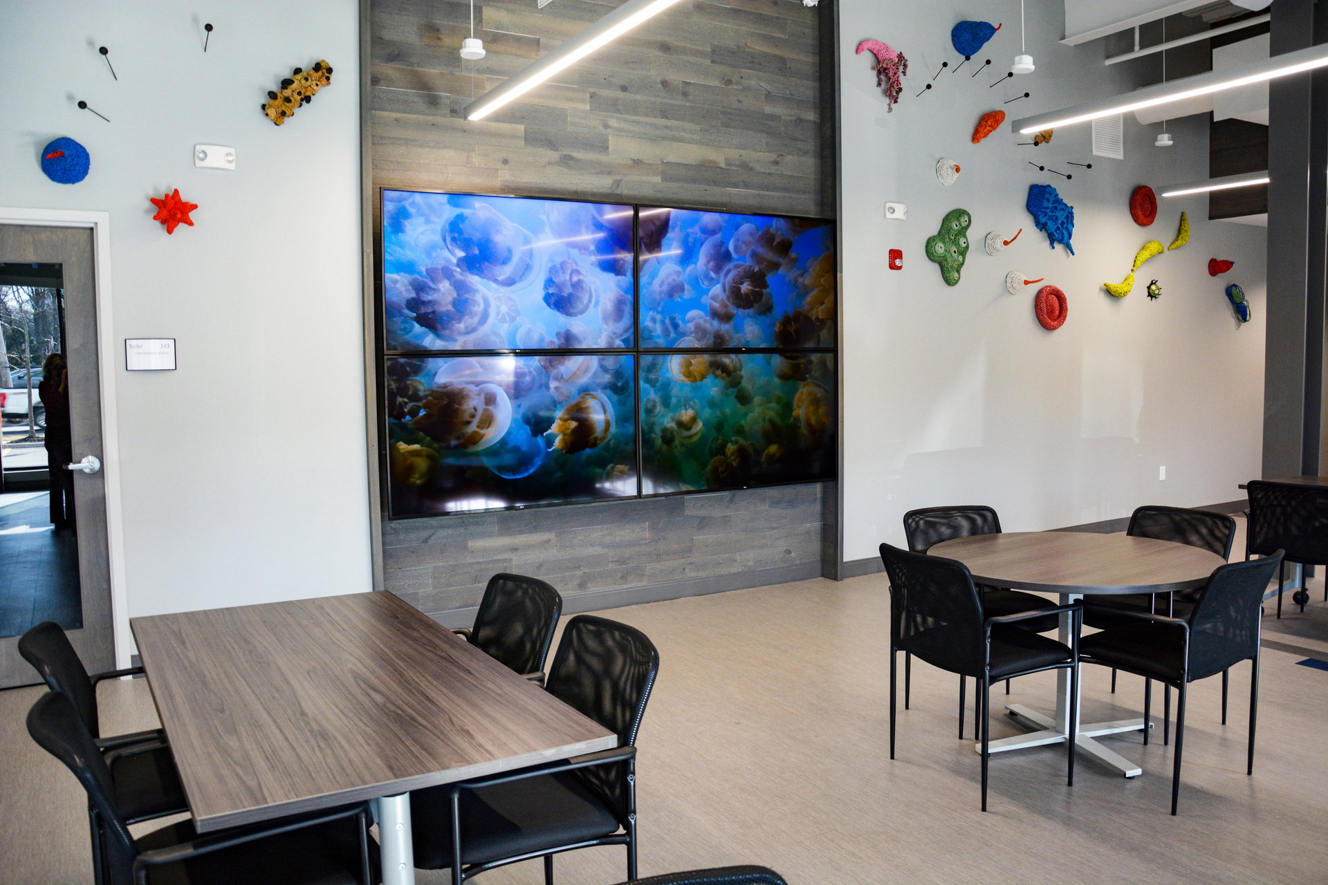 At ABI-LAB 2, where community lies at the core of their culture, every floor features local artisans.  Each piece of art is made from natural or recycled materials, depicting aspects of life science on a micro or macro level.
