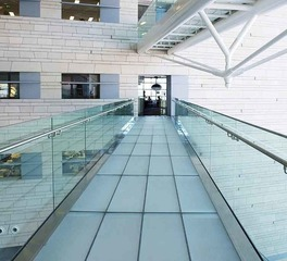 Denver Glass Interiors Maverik Laminated Glass Interior Walkway