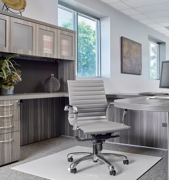 Private office space using Denver Glass Interiors Moltin Glass Chair Mats in low iron back painted white.
