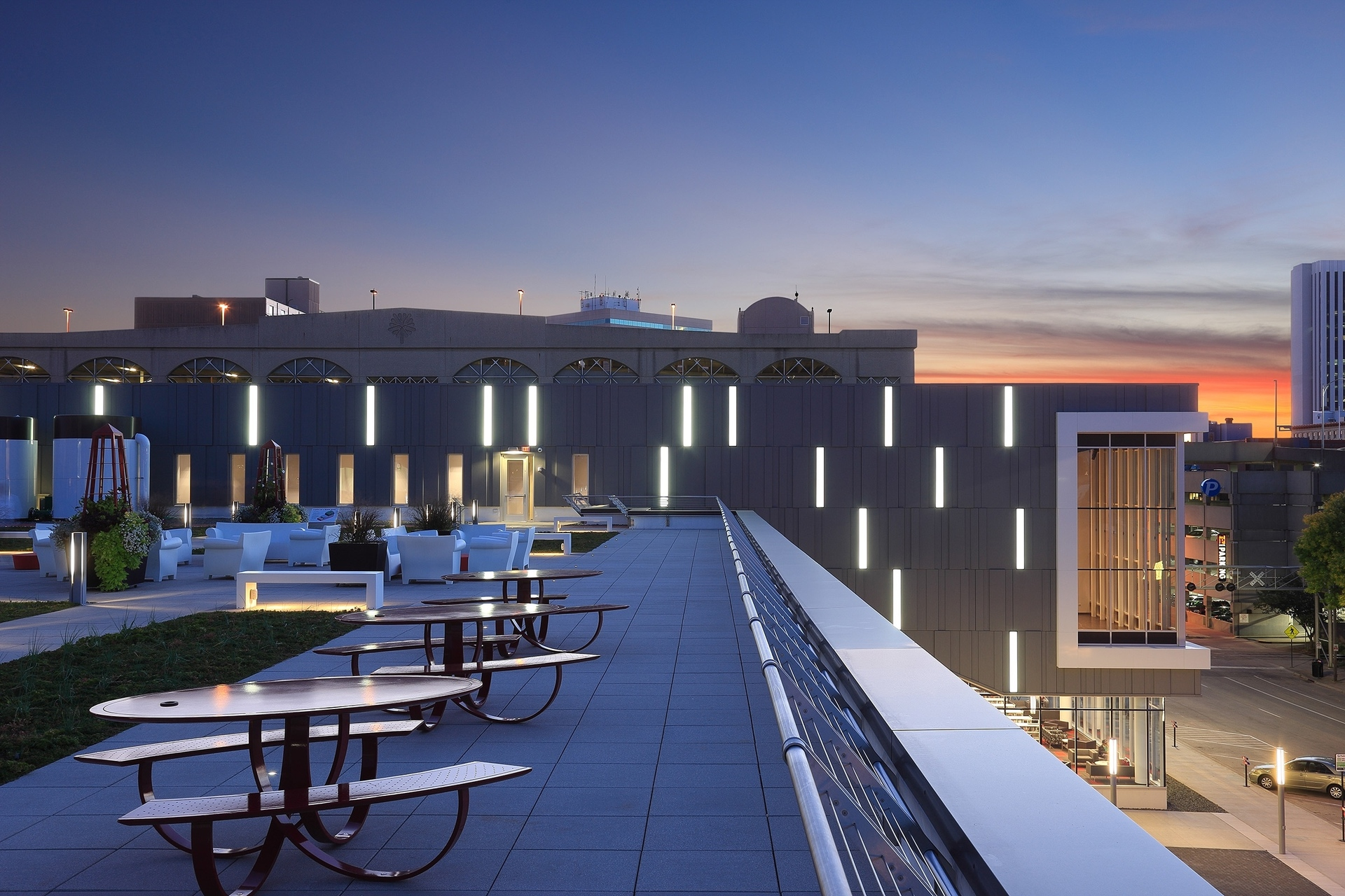 The project goal of creating more green space along with the limited site resulted in the design of a 4,500 sf green roof plaza. The green roof is irrigated with captured rainwater and building condensate which is collected into two 5,000 gallon storage tanks.