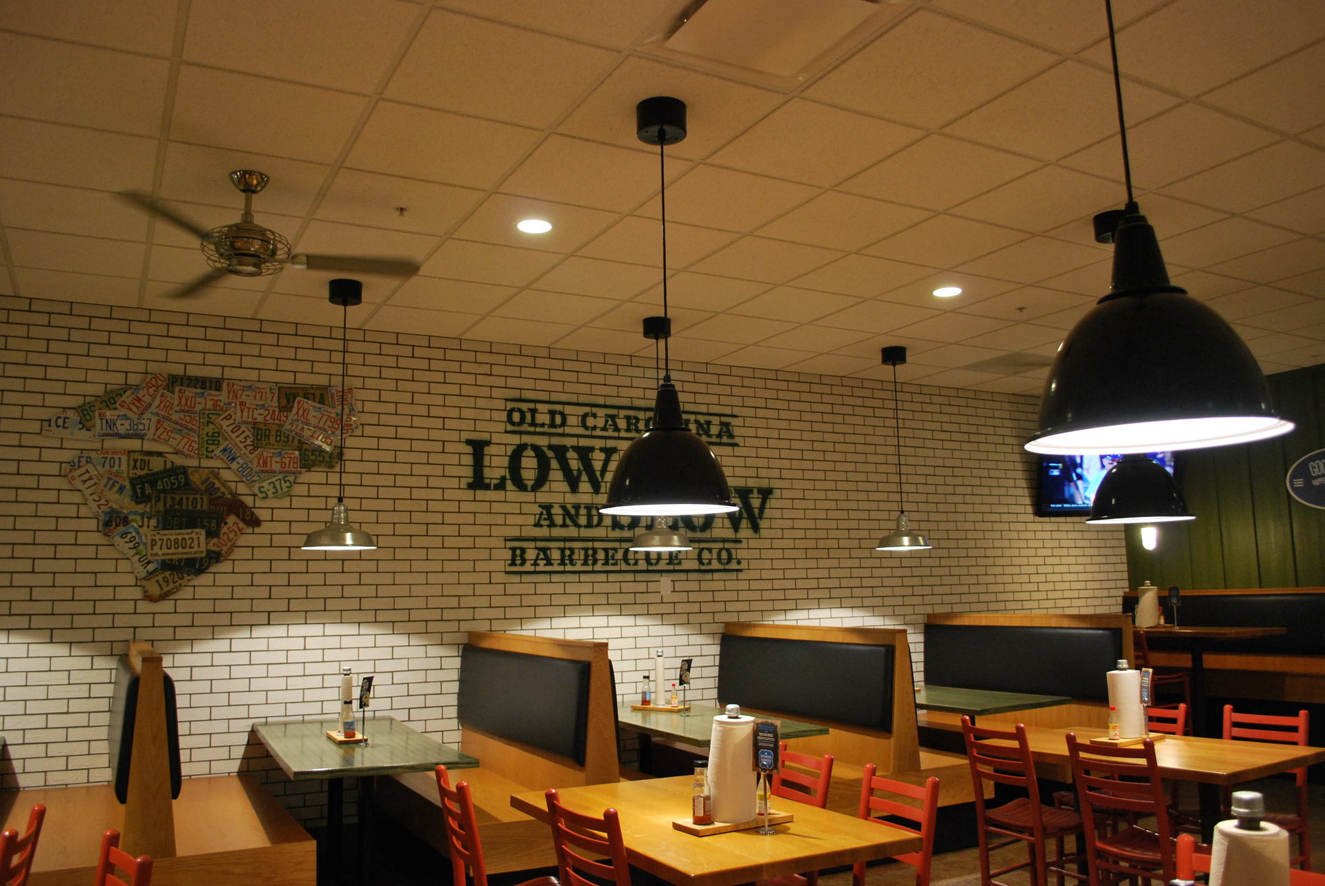 The Downlight Reflector, shown here in the middle of the restaurant shows Bock Lightings stunning lighting products.