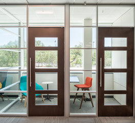 DIRTT-Workplace-GM-Financial-Servicing-Center-San-Antonio-Texas-Meeting-Room