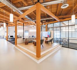 DIRTT-Workplace-Pilot Studio-Boston-Massachusets-Meeting-Space