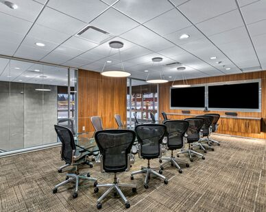 PKG Contracting photo showing a meeting space using DIRTT custom modular interior solutions.
