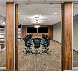 DIRTT-Workplace-PKG-Contracting-Fargo-North-Dakota-Meeting-Space