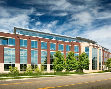 The clean and modern exterior finish of the Helmuth & Johnson offices in Edina, Minnesota.