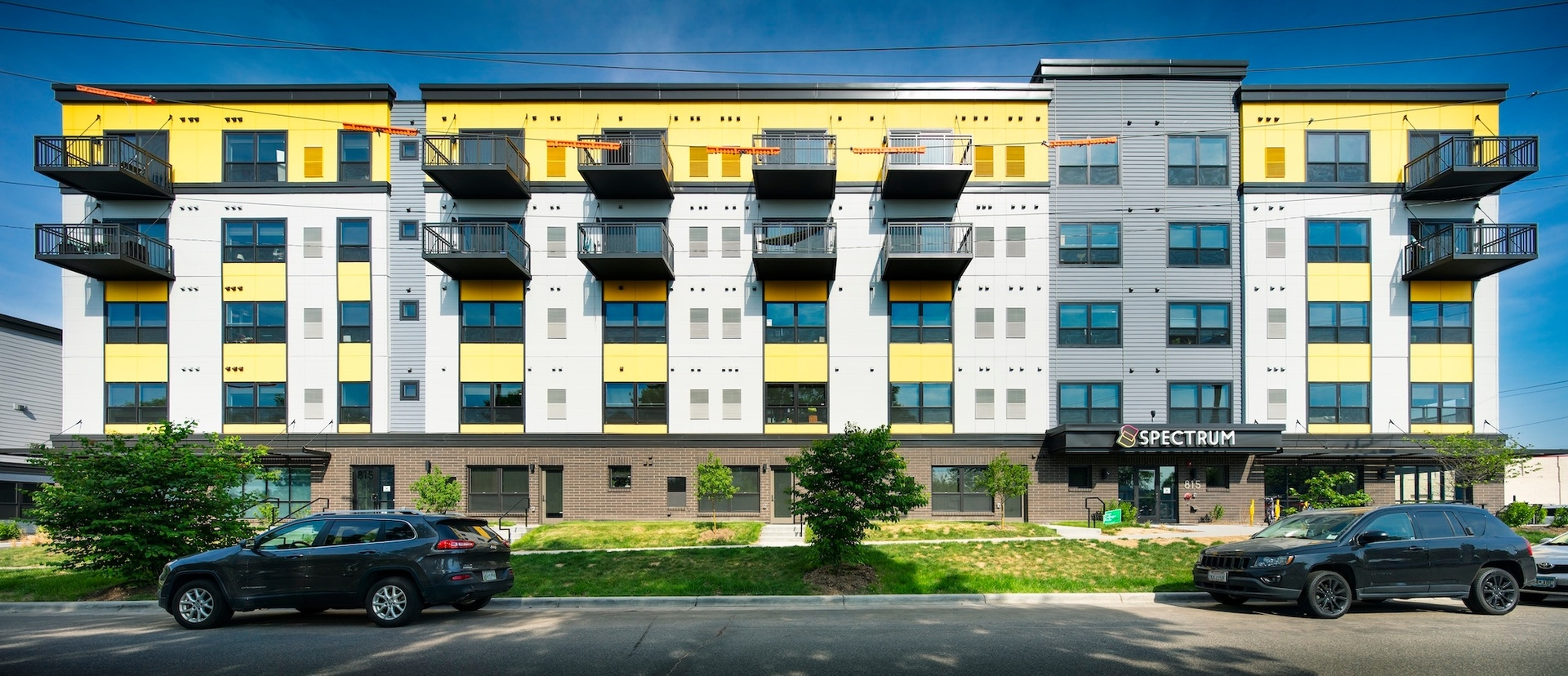 Eye-catching exterior apartment building design at the Spectrum apartments in Minneapolis, Minnesota, by DJR Architecture.
