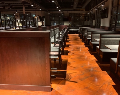Stunning dining area at Black Rock Bar & Grill in Beavercreek, OH by Dras Cases