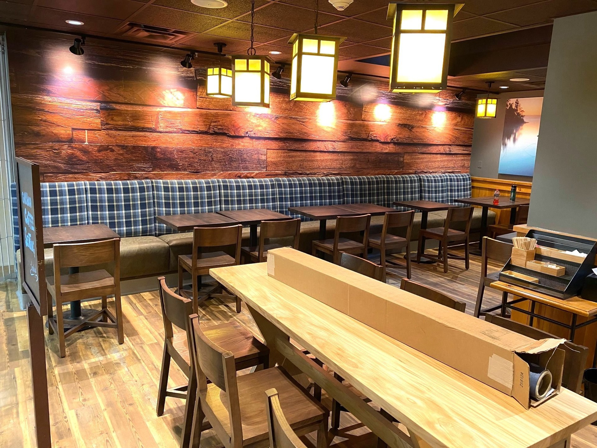 Dras Cases Caribou Coffee Shop Accent Wall Design