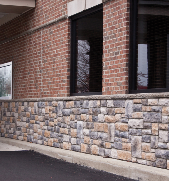 This bank drive-through showcases Dutch Quality Stone's Kentucky Blend Limestone. This is the perfect blend with exterior brick.