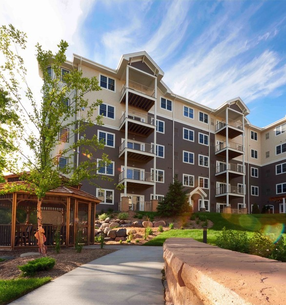 A new senior living apartment building was built in a picturesque area incorporating EDCO's D4 Traditional Lap Siding in Timber and Antique Parchment Trim.