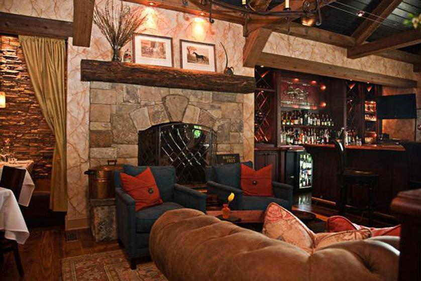 Eldorado Stone used their Stacked Stone profile in Castaway® throughout The Livery Tavern in Lewisburg, West Virginia.