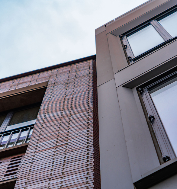 Endicott Clay Products Four 51 Marlborough Apartment Building Exterior Face Brick and Window Layout Close Up Detail