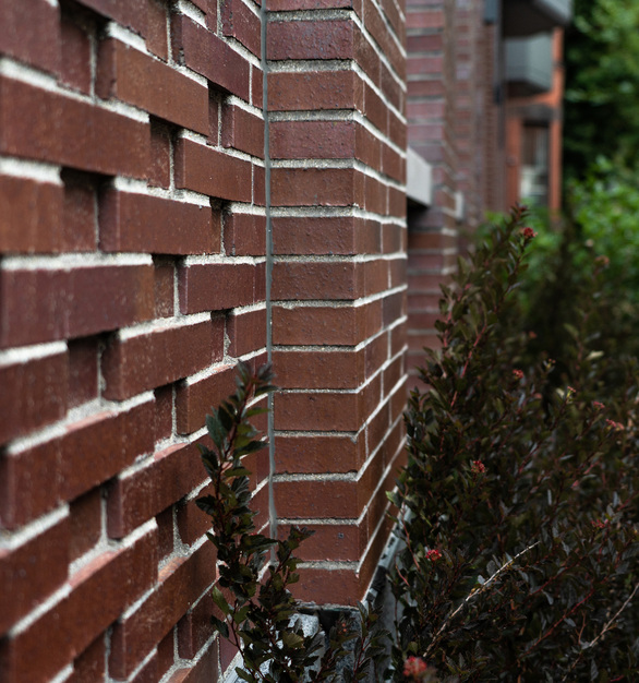 Endicott Clay Products Four 51 Marlborough Apartment Building Exterior Face Brick Wall