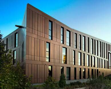 This University wanted a unique exterior to their new building.  They chose Dri-Design Shadow Series panels in order to create depth and definition to the brand-new building on campus. 