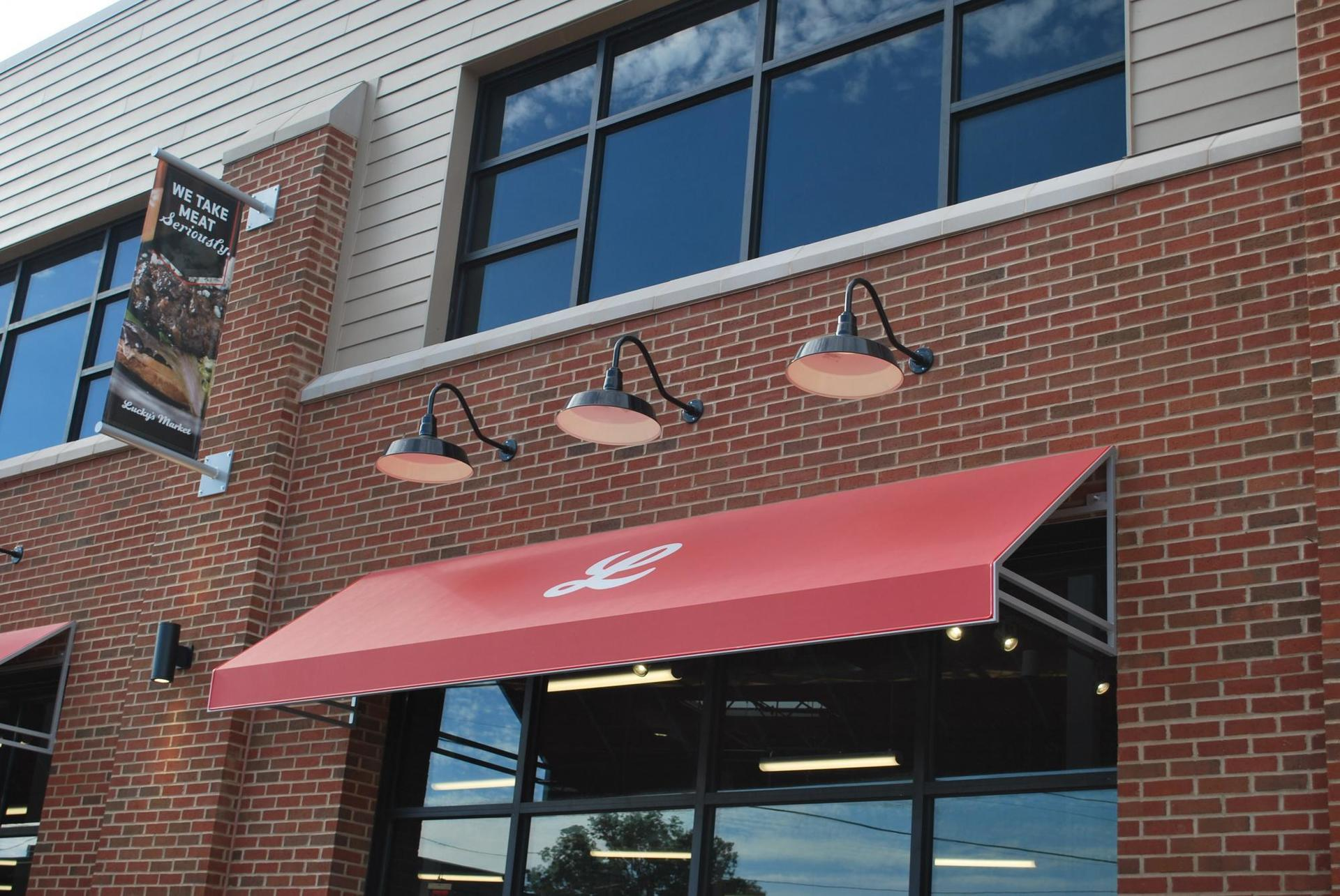 Lucky's Market, an organic supermarket chain, used Bock Lighting's Step Neck Dome light fixtures at their Columbus, Ohio location.