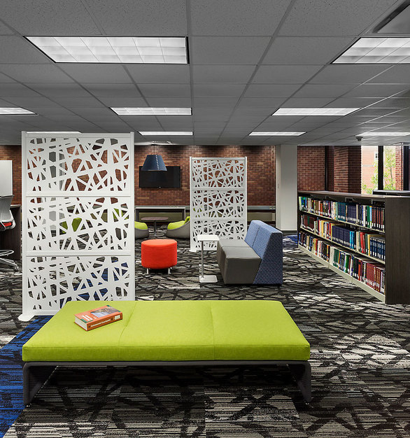 This first phase of a multi-phase remodeling project for Drake University's Cowles Library focused on creating a modern open plan concept for the first floor, for individual and group study.