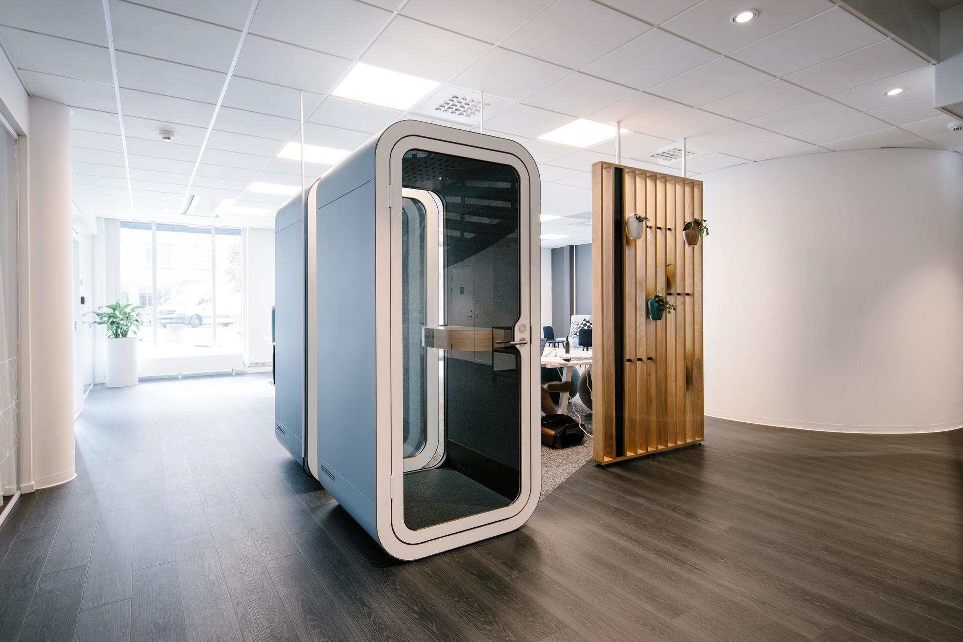 Framery O is perfect for making important calls or participating in video conferences. Have your discussions in privacy without disturbing your colleagues. Framery O delivers an echo-free and comfortable working environment. The installation is quick and the product is ready to be used the same day the product is delivered.